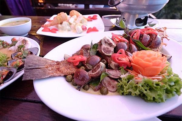 芭堤雅懸崖餐廳Rimpa Lapin,芭堤雅特色餐廳推介,芭堤雅餐廳推薦