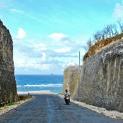 峇里島情人崖+潘達瓦海灘+Rock Bar懸崖酒吧一日遊